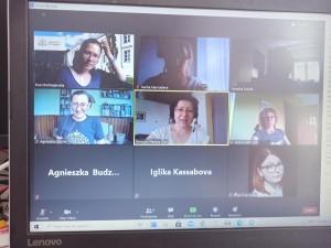 Работа по проекта с членове на екипа - Диана Томич - Загреб ръководи заседанието